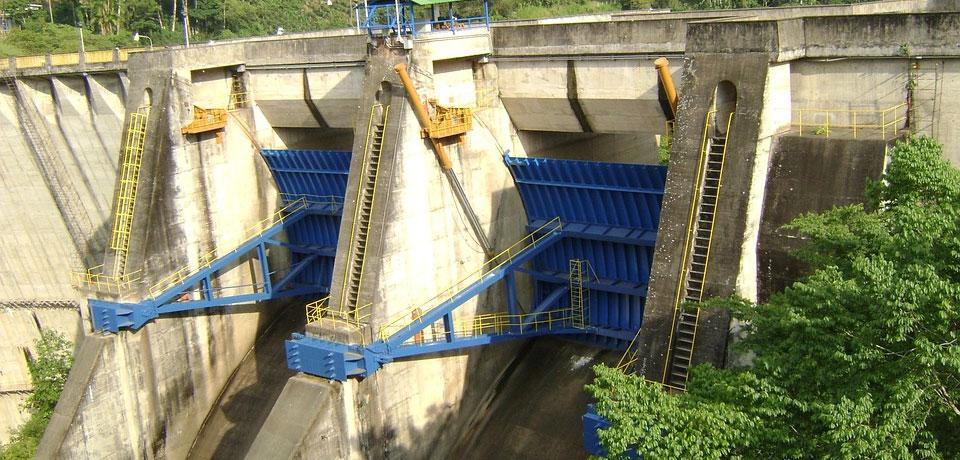Barragem de água - As 6 Principais Vantagens e Desvantagens da Energia Hídrica